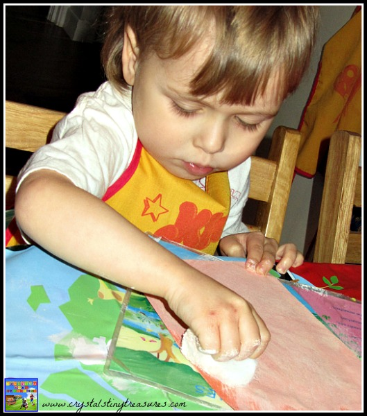 Paint smearing, childminding winter activities, photo