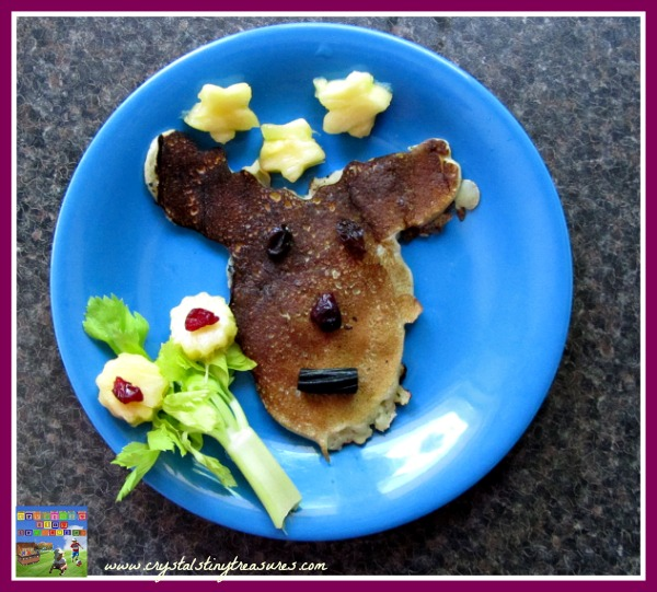 Canada Day breakfast, moose pancakes, fun food, kids snacks, healthy snack, healthy breakfast, photo