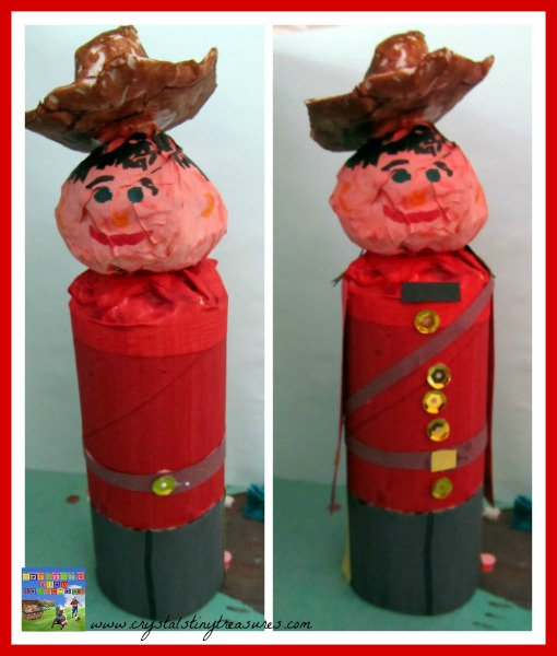 Making a Canadian Mountie RCMP, photo