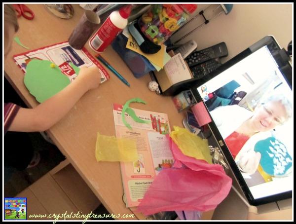 tissue paper leaves, toilet paper tube tree, colours, fine motor skills, glueing, photo