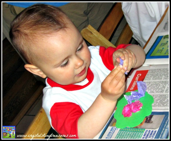 craft sounds, 5 senses, toddler crafts, fun with Grandma, photo