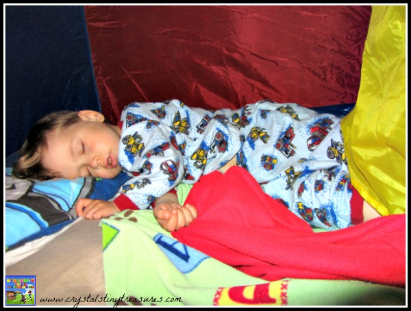 children and camping, tents in the house, indoor camping, photo