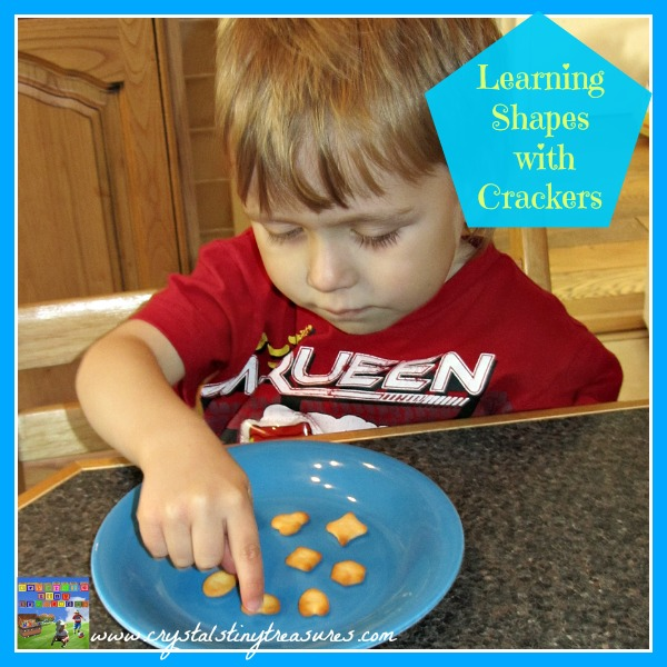 LEARNING WITH CRACKER SHAPES AT SNACK TIME