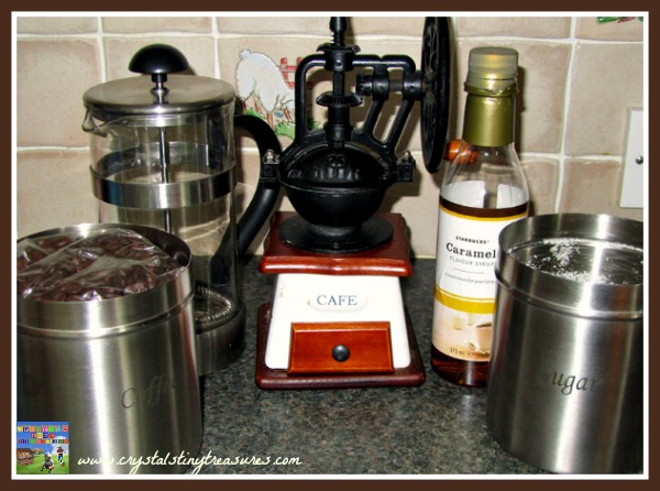 iced coffee ingredients, summer refreshments, hot weather treats, photo