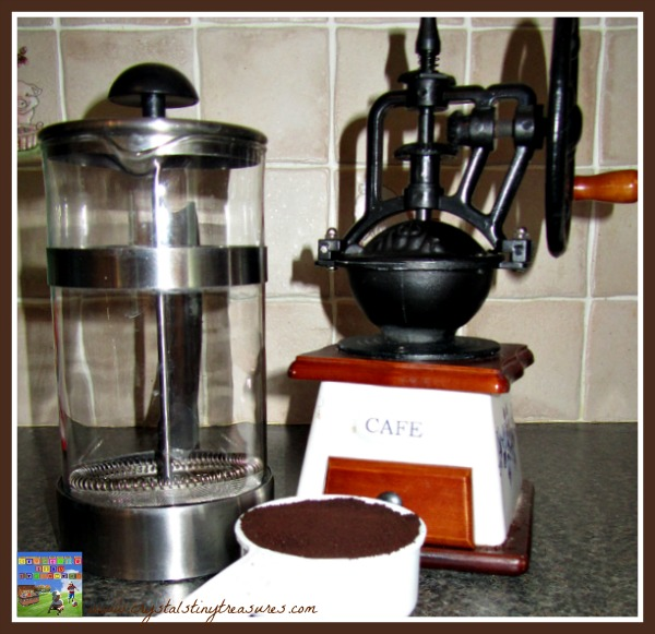 using a coffee grinder to make iced coffee, photo