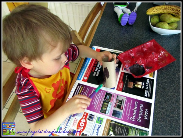 children painting, toilet paper roll craft ideas, crafts with Nana, crafting across the miles, photo