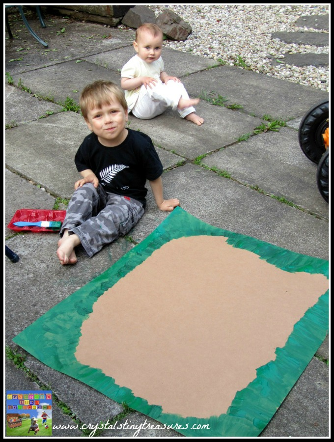 aking a pond, painting grass, chldren painting, outdoor fun, indoor fun, fine motor skills, colours, numbers, photo