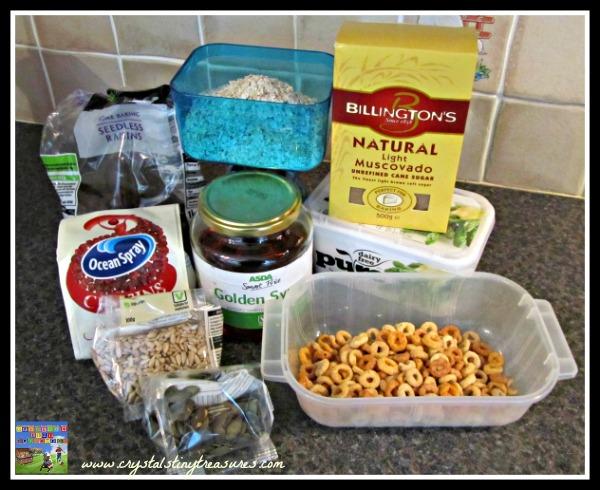 brown sugar, oats, cheerios, cranberries, sunflower seeds, raisins, golden syrup, photo