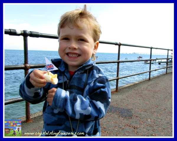 devilied egg, Olympics, sailing, racing, children and snacks, photo