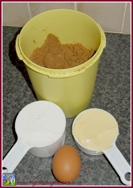 jam, brown sugar, flour, butter, egg, recipe, photo