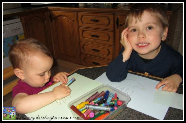 children and Thanksgiving, handprint crafts, handprints and children, photo