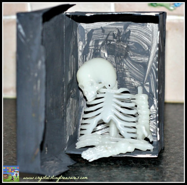 Skeletons in the closet, Recycling Halloween craft ideas, uses for small tea boxes, photo