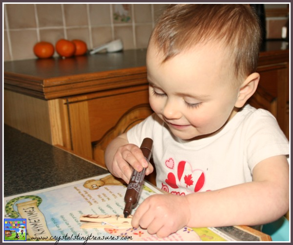 marker colouring, clothespin crafts, clothespin Christmas crafts, crafts for young children, photo