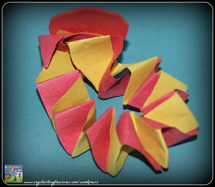 accordian folding, paper folding, easy crafts for kids, Chinese New Year Crafts, photo