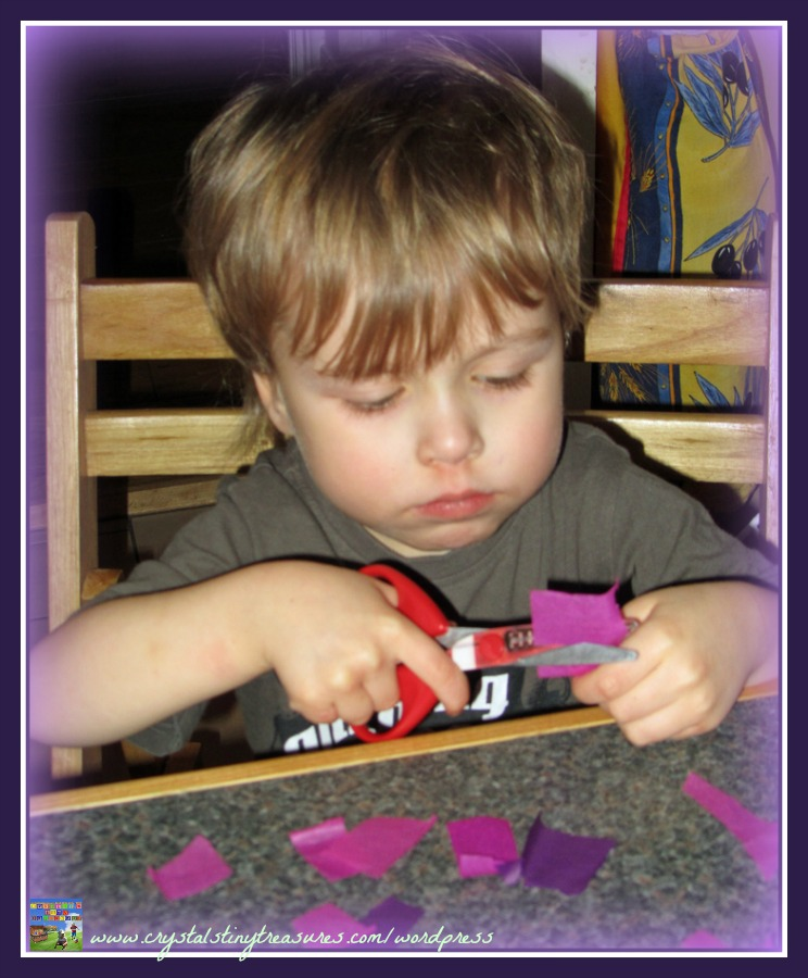 Fine motor skills, Valentine's crafts for kids, Tissue paper heart, photo