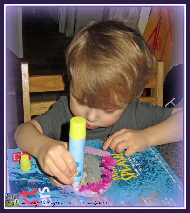gluing tissue paper, Valentine's crafts for young children, photo