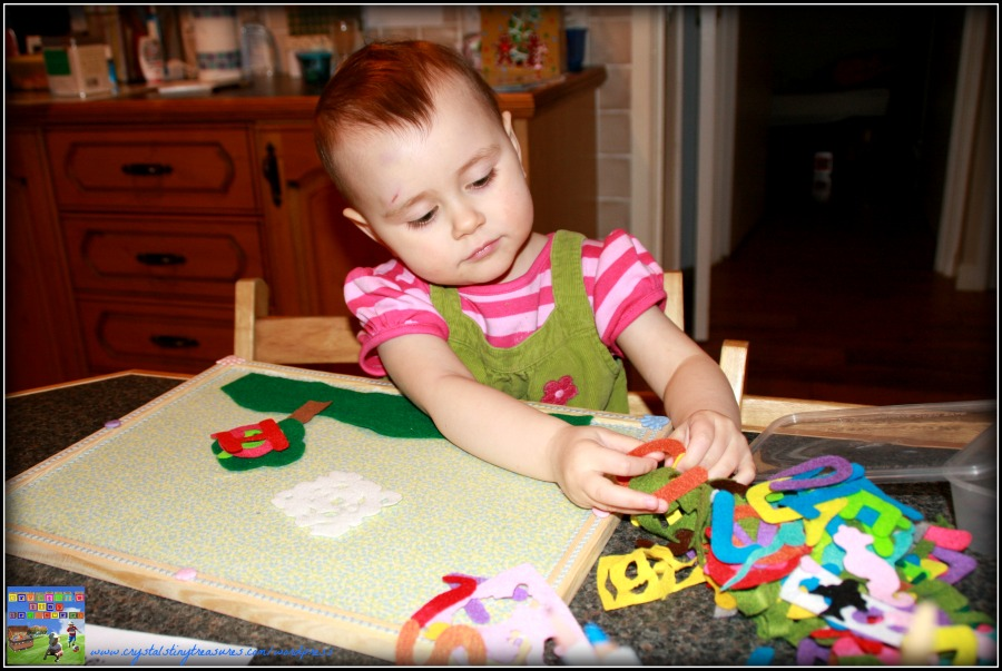 Crystal's Tiny Treasures Childminding, felt board fun, home made felt board, home made flannel board, story telling with toddlers and young children, photo
