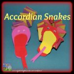 Snake crafts for kids, easy crafts for kids, garden crafts for kids, photo