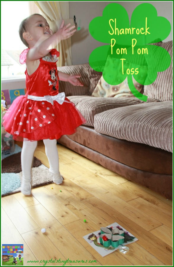Shamrock Pom Pom Toss Game