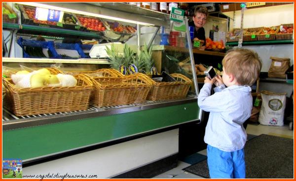 Green grocer's, shopping for fruit, Handa's Surprise book activities, photo