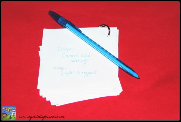 Make your own note pad, practical recycling tips, photo