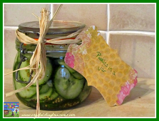 Pickles in a jar, summer gifts, homemade gifts, gifts in a jar, photo