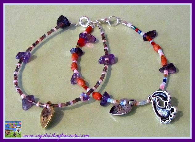 Hand made gifts for Mom, beaded bracelets, crafts for tweens and teens, Mother's Day gifts, photo