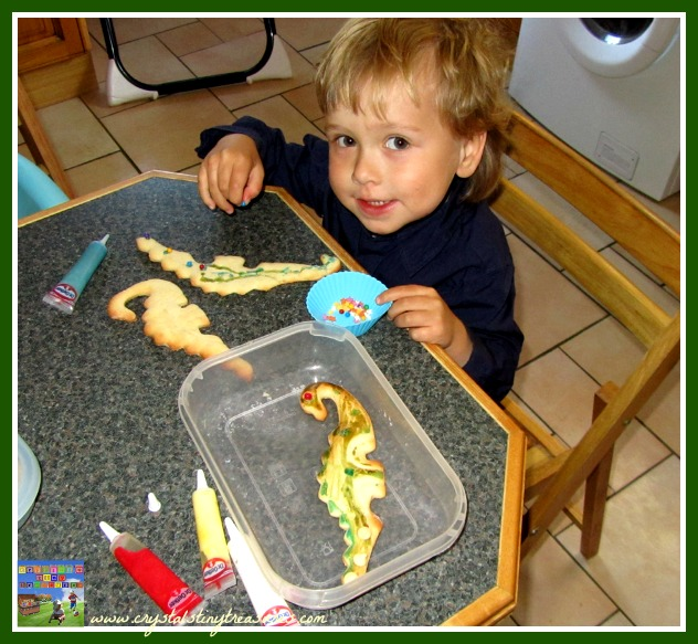 decorating 3D painted dinosaur cookies, kids decorated cookies, photo