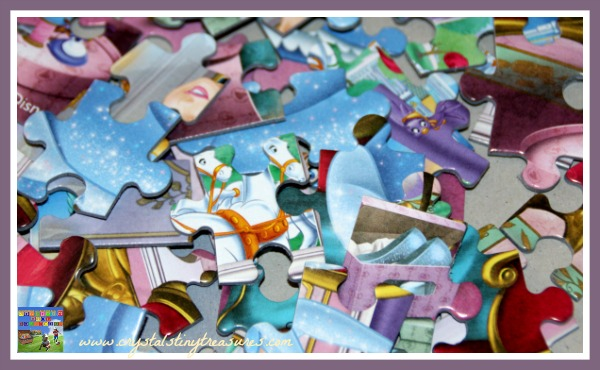 missing puzzle pieces make great crafts, photo