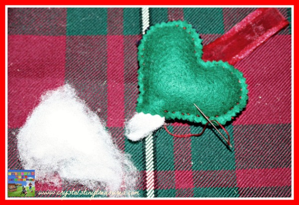 Tartan heart hangers, Memories of Scotland, what to make with Tartan scraps, simple gifts kids can make, photo