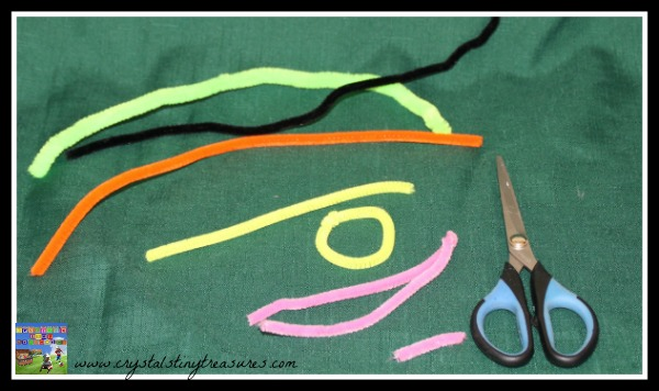 How to Make Pipe Cleaner Glasses, pretend play Clark Kent, photo