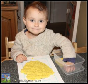 Having fun with play dough mats by twinkl, daycare activities, babysitting fun, photo