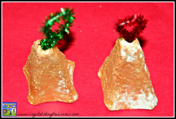Egg carton Christmas tree bells, frugal Christmas crafts for kids, nursery Christmas crafts, photo