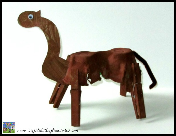 egg carton camel craft, Crystal's Tiny Treasures review of Christmas Crafts for Kids by Beth Gorden, photo