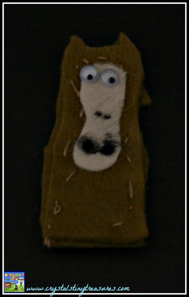 Horse finger puppet, sewing for kids, Chinese New Year crafts, early sewing projects, photo