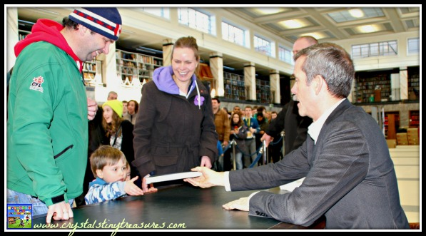 Book signing with Canadian astronaut Chris Hadfield, of the future, photo