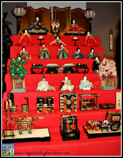 Hina-ningyo display, photo