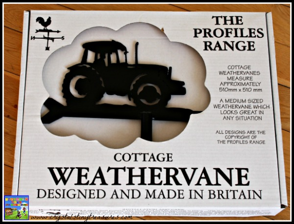 Tractor weathervane packaging, photo