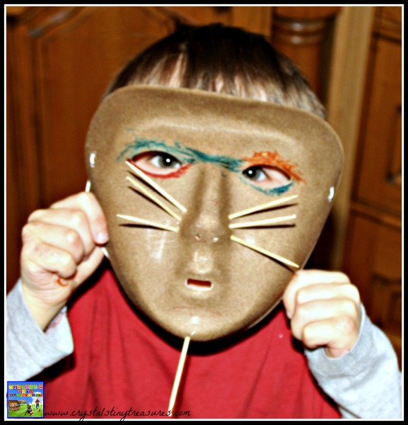Matis Mask, learning about thepeopleof the Amazon Rainforest, learning about cultures, photo