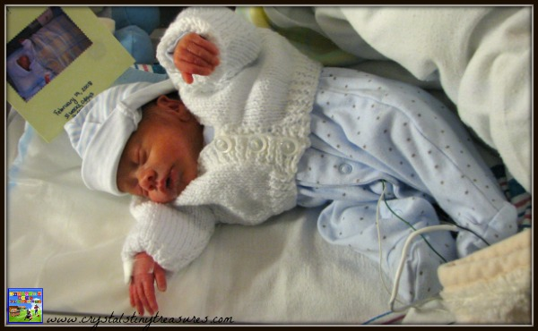 14 layers of warmth, keeping warm in the SCBU, SCBU clothing, neonatal clothing, photo