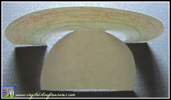 Self-standing rainbow, daycare crafts, nursery school crafts, group crafts for kids, rainbow crafts for kids, photo