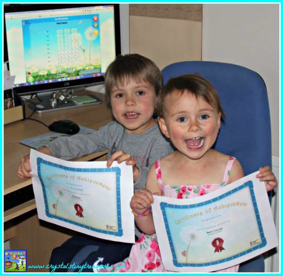 Customised certificates from Essential Skills Advantage, reading skills encouragement, early literacy, on-line reading, photo