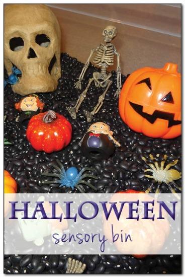 Halloween-sensory-bin