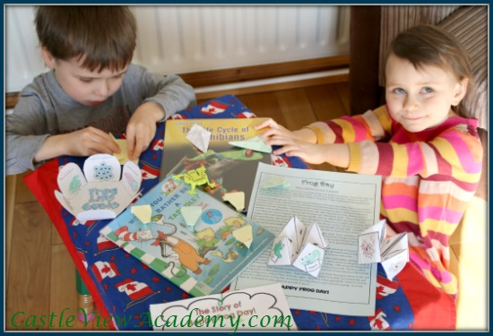 Easy jumping origami frogs for children to fold