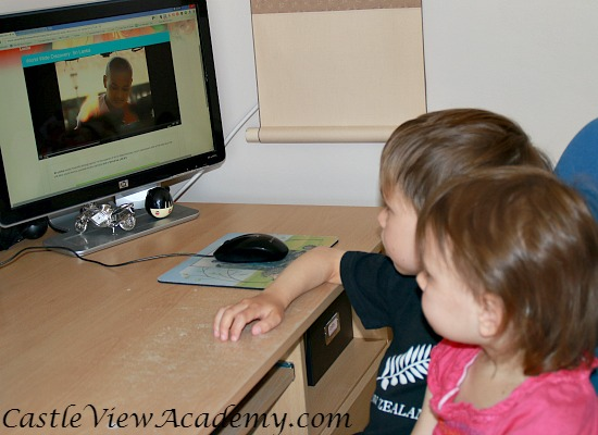 Learning about world cultures with SmartKidz Media Library for Homeschoolers at Castle View Academy
