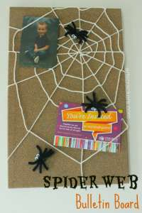 DIY-Spider-Bulletin-Board