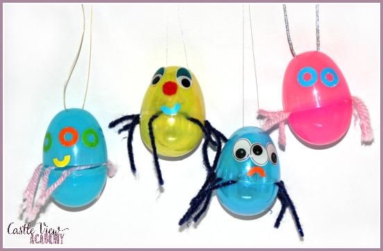 Fun plastic egg spiders for kids to make. Perfect to go along with Little Miss Muffett!