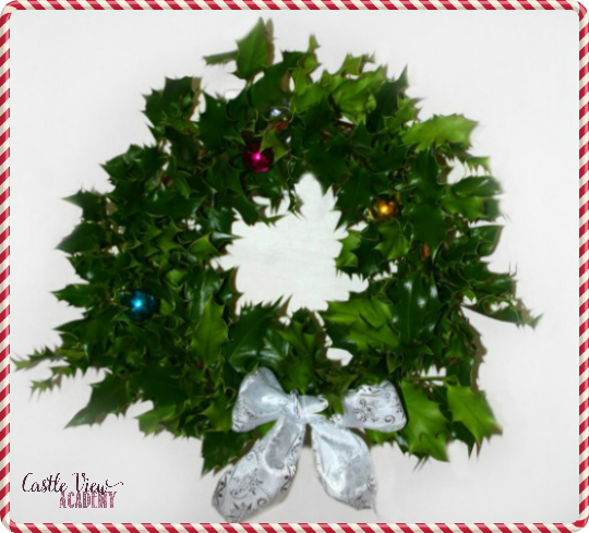 Make your own free Christmas wreath this year by foraging for supplies with Castle View Academy
