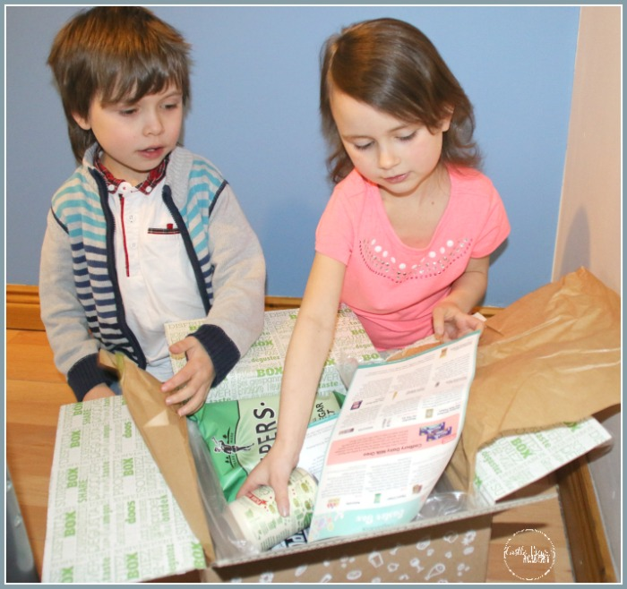 What's in the Easter Degustabox Castle View Academy homeschool finds out