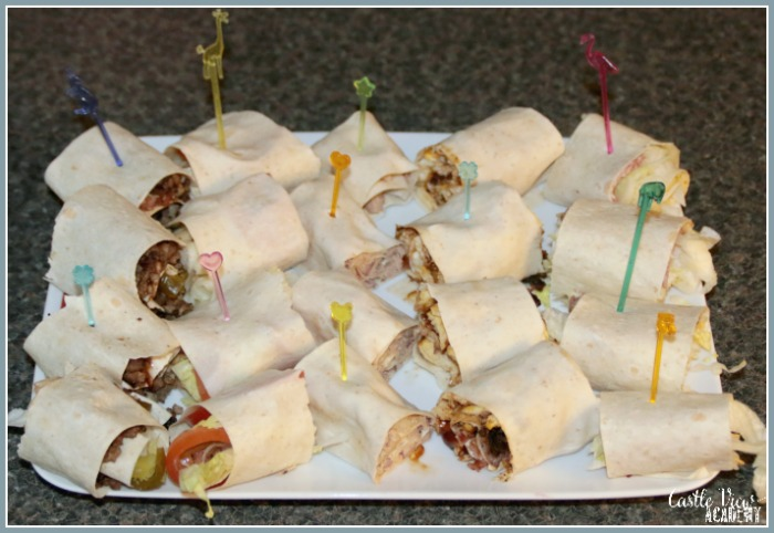 Weekend wrap ups use all those left overs from your fridge for a fun family meal with Castle View Academy homeschool
